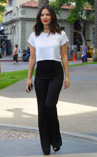 pants black and white high waisted crop tops olivia munn choker necklace comic con top