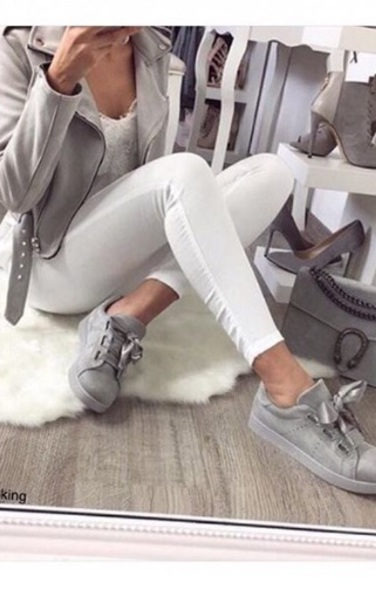 jacket white jeans grey shirt grey sneakers leather jacket white