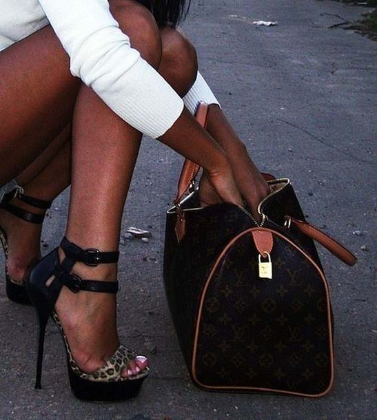 shoes high heels high heels leopard print leopard sandals leopard print high heels bag gladiators animal print black louis vuitton bag outfit style