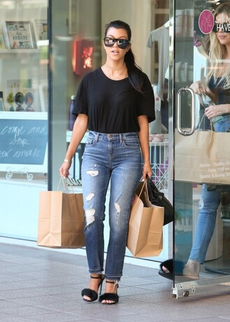 jeans top sandals sandal heels kourtney kardashian sunglasses kardashians streetstyle shoes black t-shirt