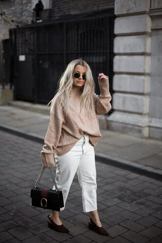 sweater tumblr nude sweater turtleneck turtleneck sweater pants white pants cropped pants shoes black shoes bag sunglasses