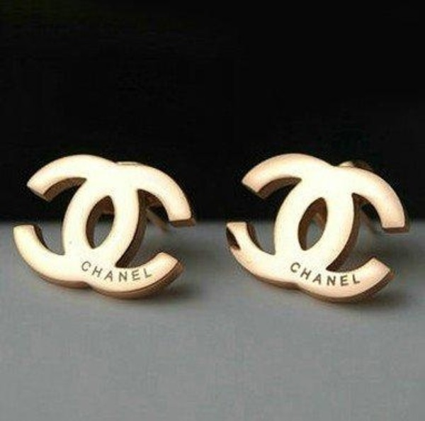 jewels earrings chanel