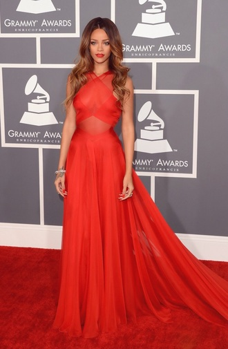 dress rihanna grammys 2013 ombre rihanna red dress rihanna red lipstick hair colour 2013 hair accessory make-up
