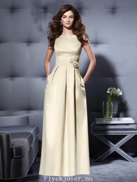 dress brudepikekjoler