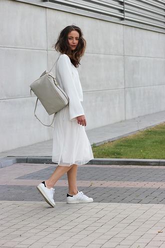 mode d'amour blogger tulle skirt adidas shoes white skirt