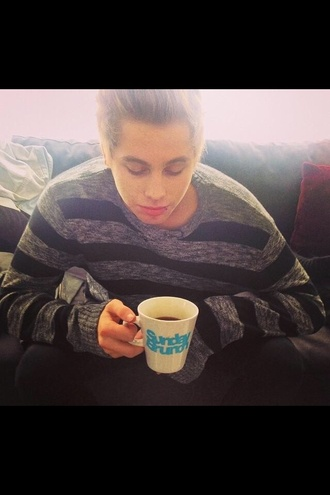 gray 5sos luke hemmings mug sweater