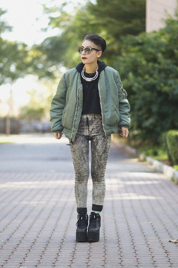 let's get flashy blogger jeans sunglasses socks jewels acid wash platform shoes khaki jacket bomber jacket