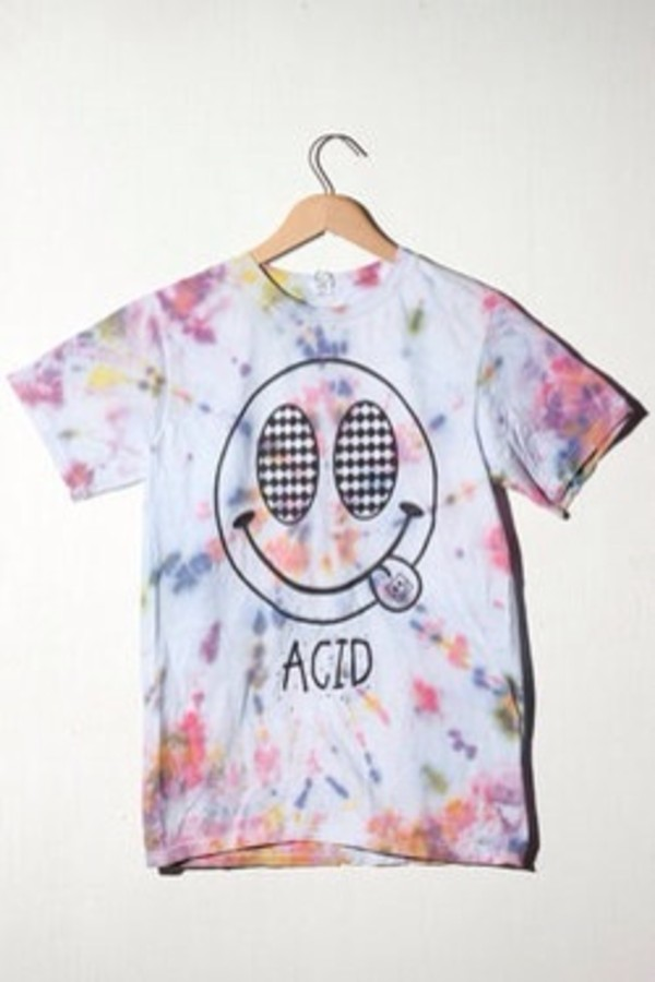 t-shirt acid wash pastel tie dye white colorful black tongue