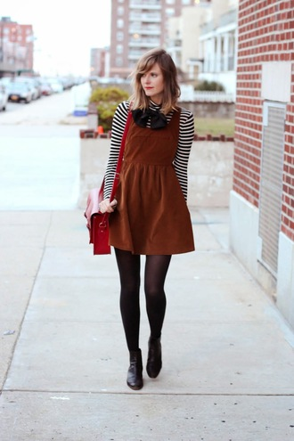 steffy's pros and cons blogger stripes turtleneck dress satchel bag red bag striped turtleneck top striped top tights opaque tights boots black boots ankle boots mini dress brown dress fall outfits french girl style