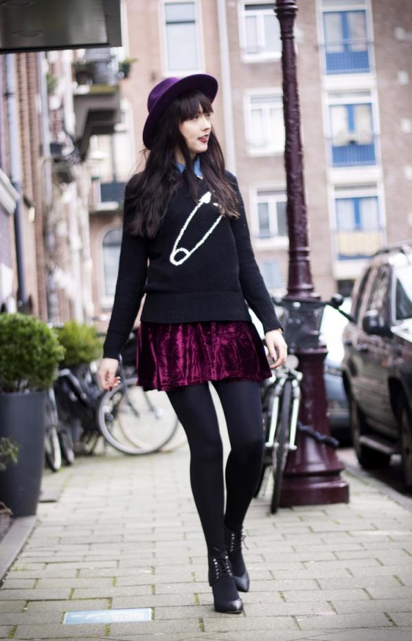 Pleated high waist pleuche velvet skirt