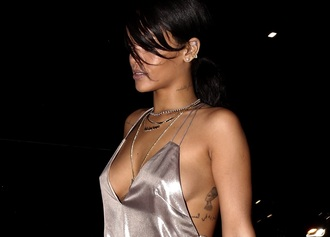top rihanna sea of shoes cool cute shirt swag bikini pink red dress lovely pepa ring beautiful
