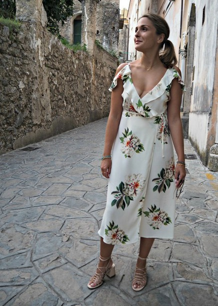blogger dress shoes shirt pants