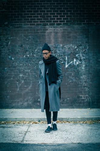 closet freaks blogger jeans scarf grey coat
