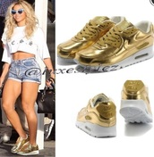 shoes,beyonce,stylish,queen bee,style,urban outfitters,gold,metallic shoes,nike,air max,air jordan,matalic