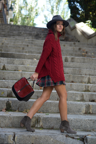 lovely pepa blogger bag jewels burgundy oversized sweater pleated skirt ankle boots red cable knit sweater red sweater hat grey hat red bag mini skirt plaid skirt tartan skirt tartan plaid grey boots mid heel boots