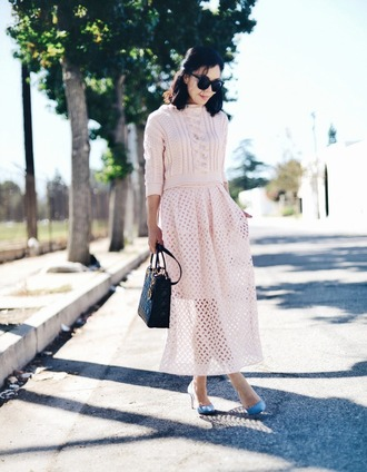 hallie daily blogger pastel pink pink sweater knitted sweater mesh skirt