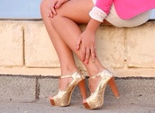 shoes,heels,gold,pumps