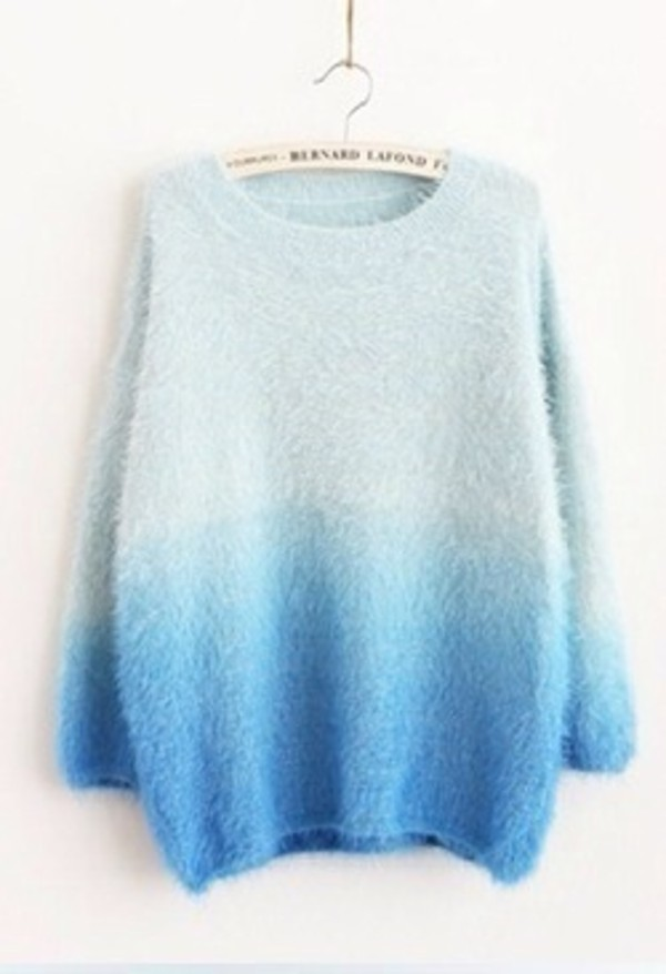 sweater blue ombre blue fade blue ombré ombre sweater tumblr fashion