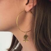 jewels,earings,gold hoops,gold rose hoops,gold rose hoop earrings,rose earnings,hoop earrings,gold,earrings,tumblr,vintage,rose,gold earrings,rose earring,golden hoops