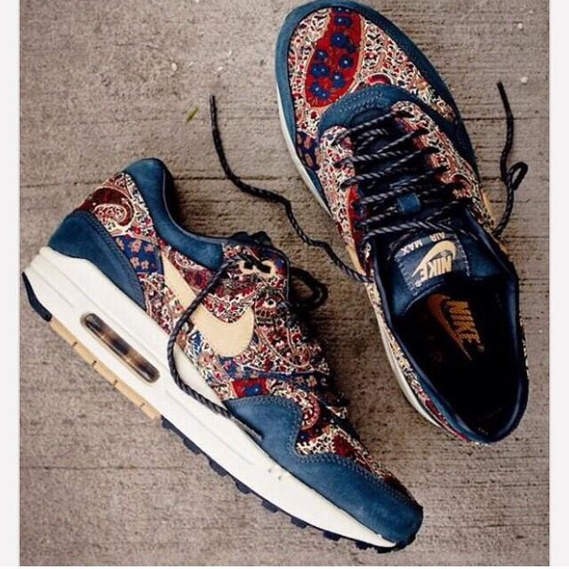 online retailer 50e8b 5b924 NEW UNISEX NIKE x LIBERTY OF LONDON AIRMAX 1 PAISLEY BLUE size- US 7 UK 4.5  24cm