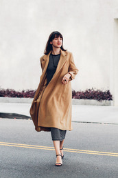 the stylish wanderer,blogger,bag,jewels,camel coat,knitwear,charcoal,dress,sandals