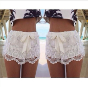 shorts,white,summer,bow,feminine,cute,t-shirt,lace shorts,bows,blouse,ebonylace,ebonylacefashion,www.ebonylace.net,white lace shorts,palm tree print,crop tops,top,white shorts,lacy,zaful,palm tree,lace,boho,trendy,girly,casual,style