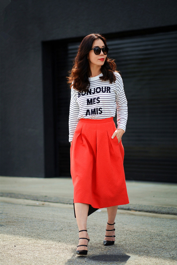 hallie daily t-shirt skirt shoes bag sunglasses