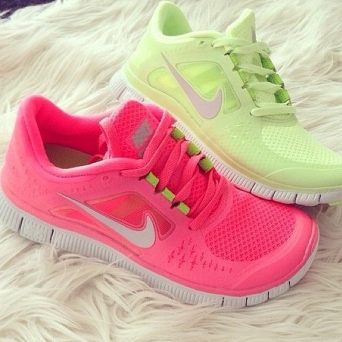 Nike Pink And Green Running Shoes Shoes Hot Womens Nike Free Run