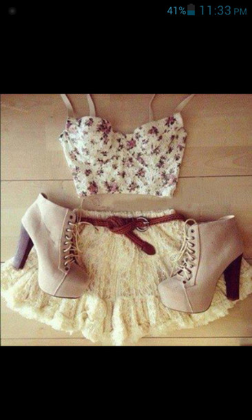 shirt floral bustier crop top floral tank top floral crop top lace flower shirt shoes skirt clothes lace skirt floral bustier heeled booties top platform lace up boots