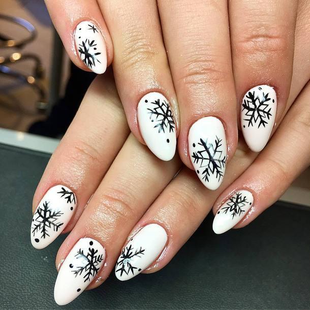 nail polish holiday nail art christmas holiday season holidays nail art christmas nail art nail art nails