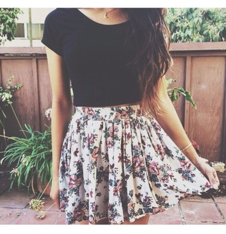 skirt floral skater skirt black crop top t-shirt