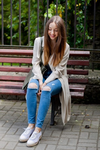 kolorowa dusza blogger duster coat ripped jeans skinny jeans tote bag lace-up shoes