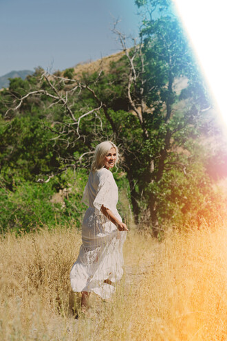 wild one forever - fashion & style by kristin blogger dress shoes jewels three-quarter sleeves maxi dress white dress lace dress summer dress long dress