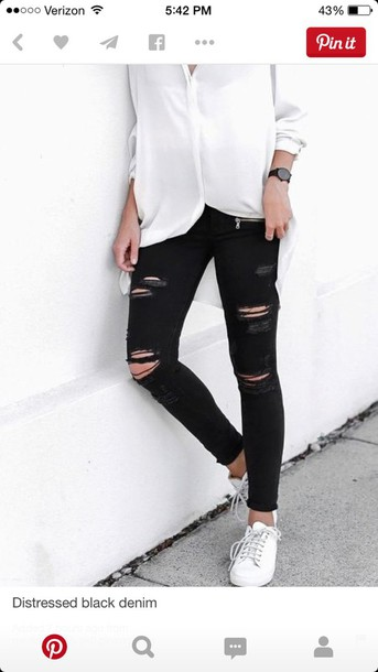 pants jeans black destroyed skinny jeans clothes black jeans skinny jeans black skinny jeans black ripped jeans ripped jeans blouse white top white blouse preppy white dressy shirt knee hole pants holey skinny jeans distressed denim distressed jean