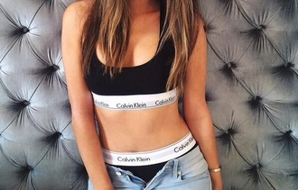 shirt sports bra calvin klein black white crop tops top underwear calvin klein underwear calvinklein black belt