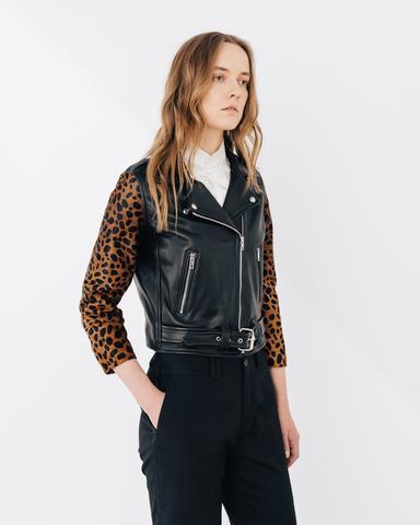 Shrunken Cheetah Crop Sleeve
