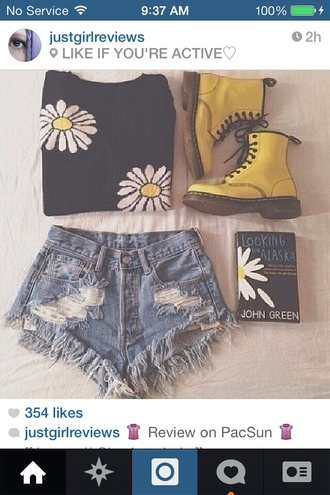 yellow daisy dr martens tumblrgirl yellow shoes frayed instagram shoes