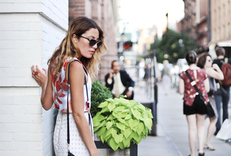 the marcy stop blogger top skirt bag sunglasses shoes