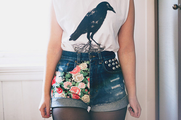 shorts floral high waisted denim shorts birds shirt vintage t-shirt studs high waisted High waisted shorts