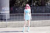 kayla hadlington,blogger,skirt,shoes,sunglasses