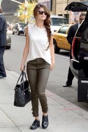 shirt,selena gomez,jeans,bag