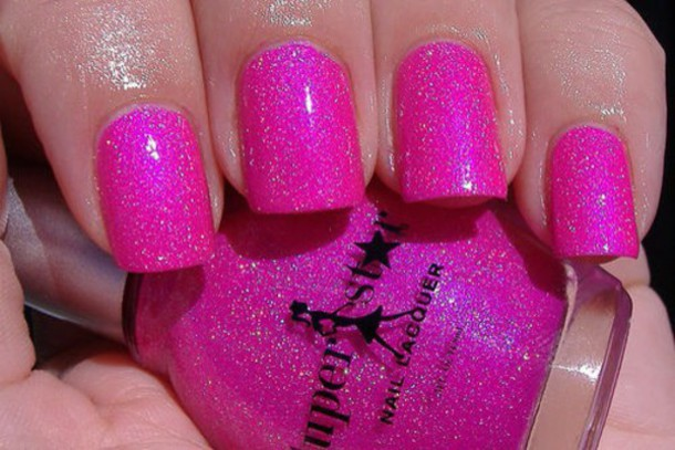 nail polish pink with sparkles