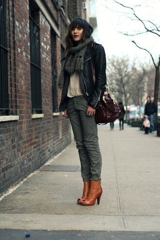 natalie off duty jacket blouse scarf pants bag shoes