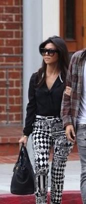 blouse,black,kourtney kardashian,pants