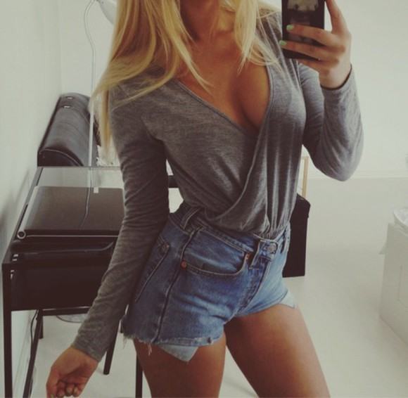 jeans cardigan denim top blonde long sleeves t-shirt blouse neckline
