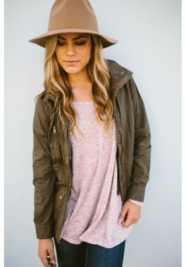 Our allyssa army green cargo jacket is the perfect fall piec