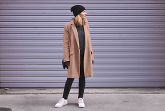 jane's sneak peak blogger jeans bag jewels camel coat beanie sneakers