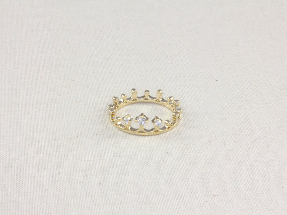 The white queen crown ring in gold by aliceandblue on etsy