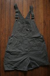 romper,overalls,grunge,shortalls,fashion,90s grunge romper,90s grunge,90s style