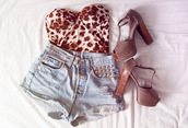 shoes,top,leopard bustier,brown heels,leopard print,tank top,bustier,shorts,denim shorts,studded shorts,high heels,medium heels,brown shoes,shirt